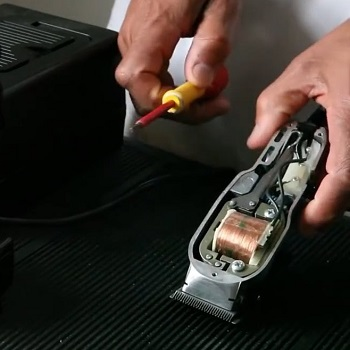 Making clippers low noise